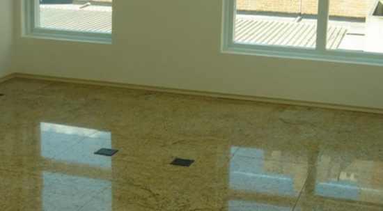 Tipos de piso e onde usar adequadamente cer mica for Modelos de pisos de granito