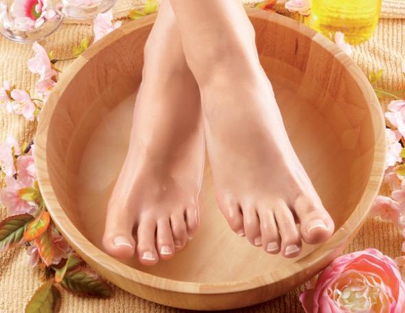 1-hidratação dos pés