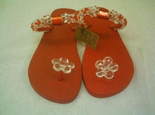 4-chinelos bordados