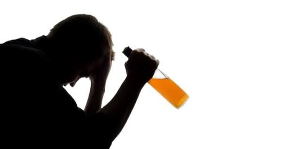 O que a medicina ajuda do alcoolismo