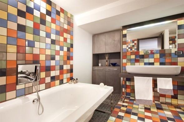 1-banheiros decorados com pastilhas coloridas