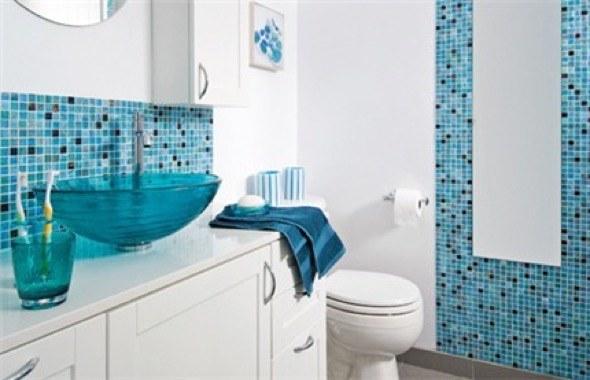 10 modelos de banheiros com pastilhas coloridas e dicas de uso -> Banheiros Decorados Dicico