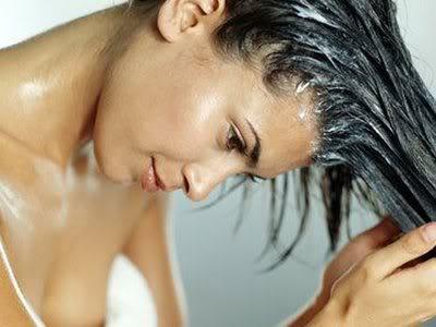 Óleo de coco cabelos