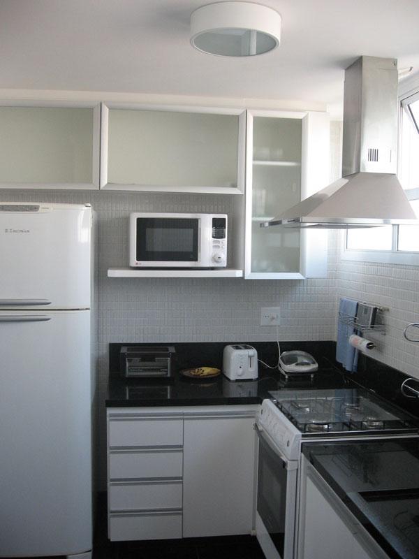 Móveis planejados para cozinhas pequenas; 13 lindos exemplos # Cozinha Pequena E Quadrada