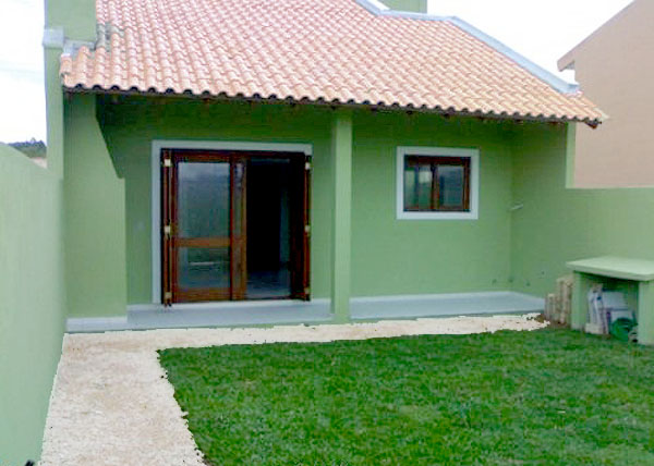 Plantas de casas pequenas 4 modelos simples completos Fotos de patios de casas pequenas