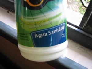 Desinfetante caseiro água sanitária 2