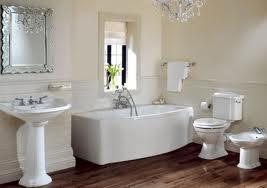 Banheiro com espelhos 6
