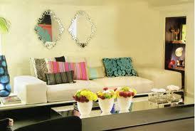 Salas decoradas com espelhos 8