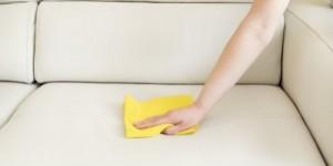 como limpar sofá de couro-02