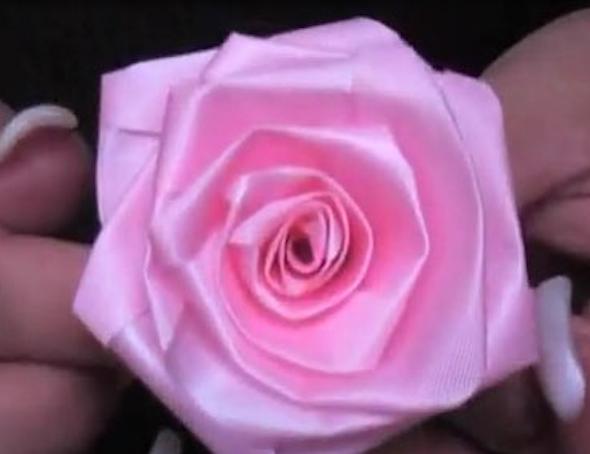 Flor de fita como fazer 16