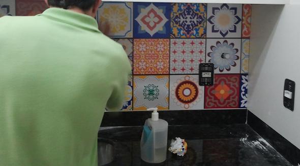 Como fazer adesivo de azulejo 12
