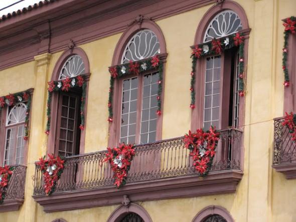 Como decorar varanda apartamento para o natal 2013 002