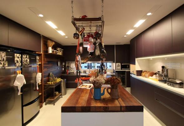 Bancadas de madeira na cozinha5