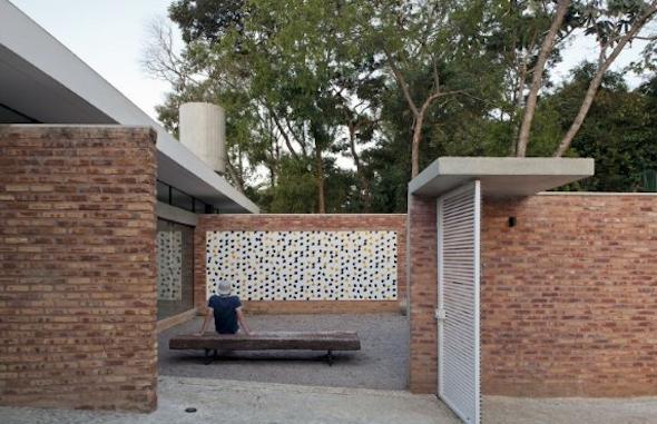 Frente de casas com cer mica 18 modelos e id ias para decorar for Fachadas de ceramica