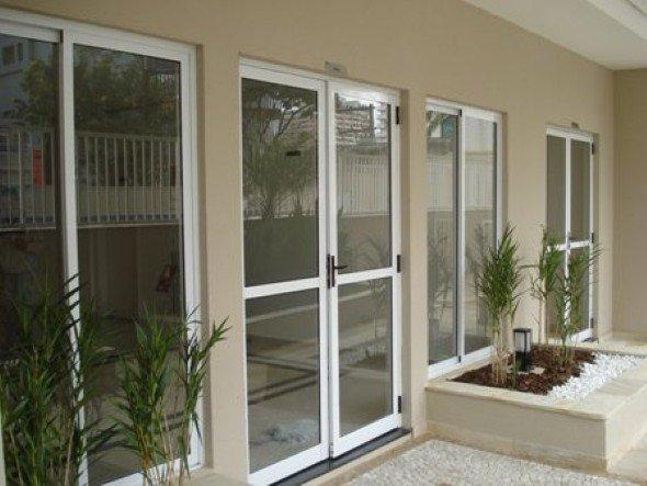 Tipos-e-padrões-de-portas-no-mercado-004