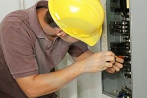 Como-fazer-um-check-up-na-parte-elétrica-005