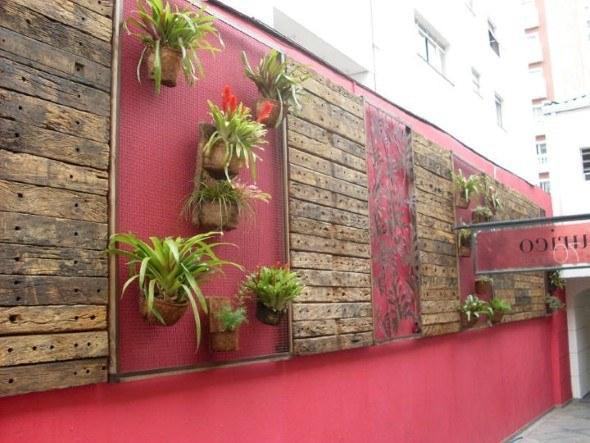 Cores-e-muros-cheios-de-plantas-004