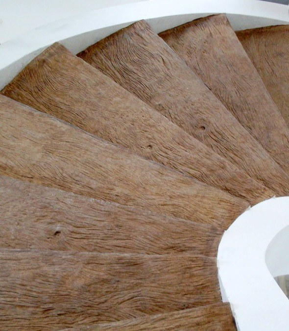 Piso-que-imita-madeira-envelhecida-012
