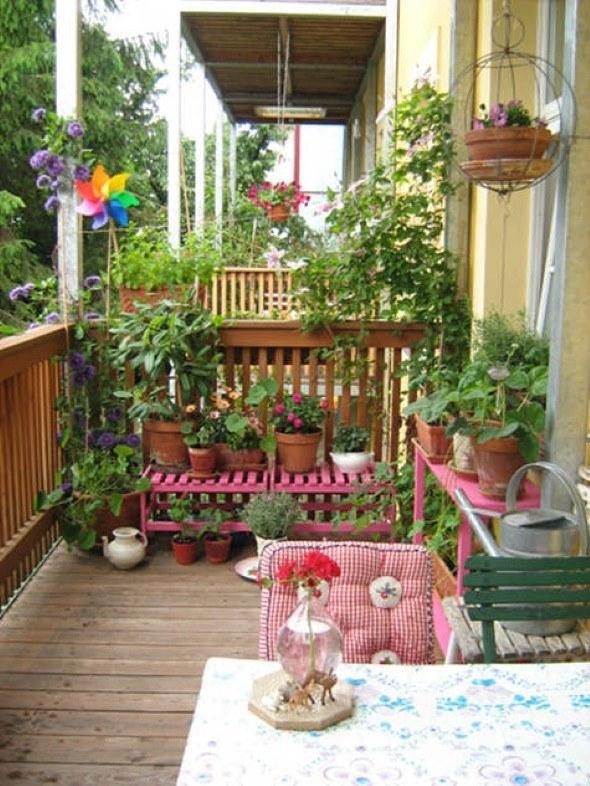 14 varandas decoradas de apartamentos pequenos e 6 ficas for Decorar porche pequeno