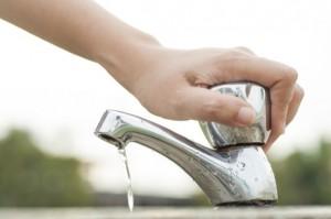 Torneiras que economizam água 001