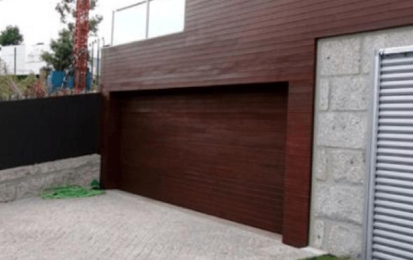 16-Tacos de madeira para revestir parede externa