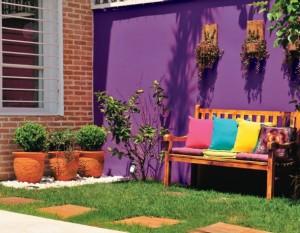 Que cor usar em muro com plantas 001