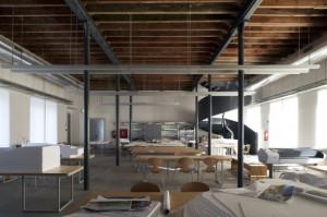 Transformar uma antiga fábrica em uma casa 011