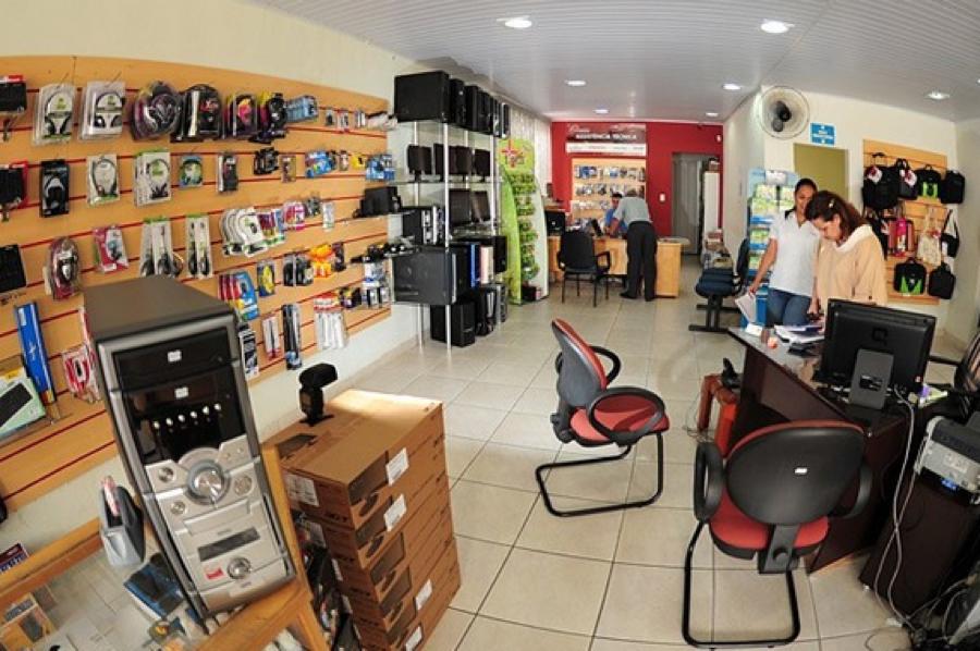 2-montar e organizar loja de computadores