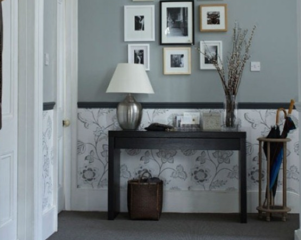 5-Hall de entrada decorar com quadros e prateleiras