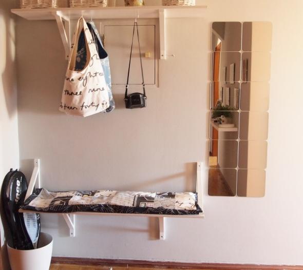 7-Hall de entrada decorar com quadros e prateleiras