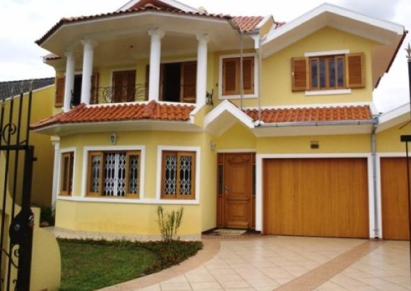 1-Fachadas de casas em cores claras a nova tendência
