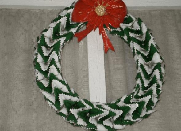 14-Coroas_de_Nata_para_decorar_porta