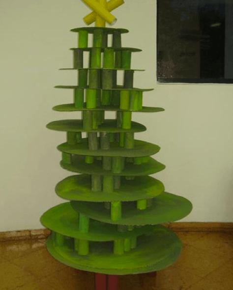 9-Ideias_para__rvore_de_natal_reciclada_