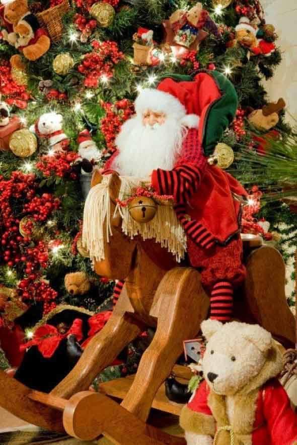 Brinquedos-na-decora__o-de-natal-003