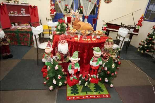 Brinquedos-na-decora__o-de-natal-005