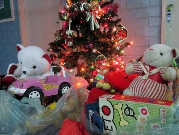 Brinquedos-na-decora__o-de-natal-008
