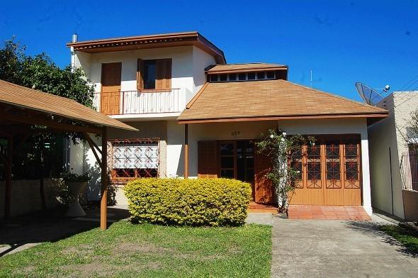 Fachadas-de-casas-com-telhados-008