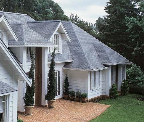 Fachadas-de-casas-com-telhados-014