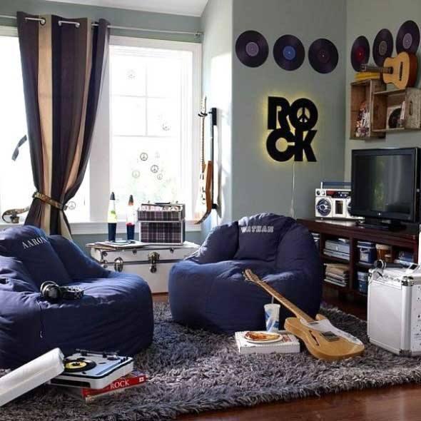 Salas-decoradas-com-objetos-reciclados-006