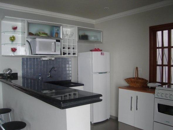 Como-decorar-o-balcão-da-cozinha-002