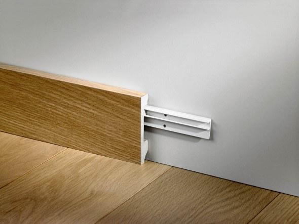 Como-instalar-rodapé-de-madeira-003