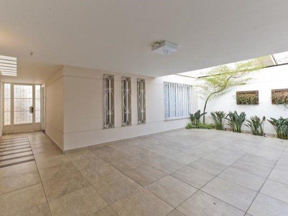 3 dicas para escolher o piso antiderrapante para o quintal for Pisos para interiores casas
