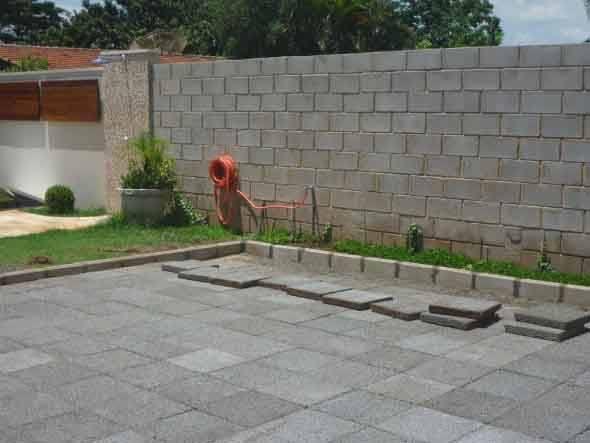 Piso-antiderrapante-para-quintal-004
