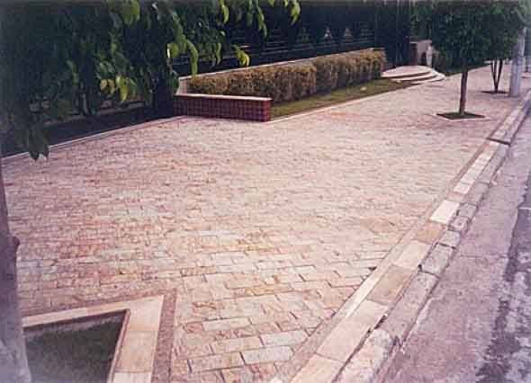 Calçada-de-pedra-Miracema-008