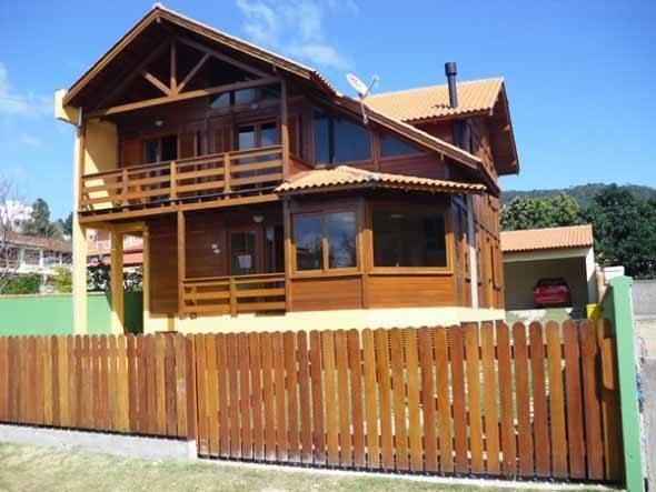 Fachadas-de-casas-de-praia-010