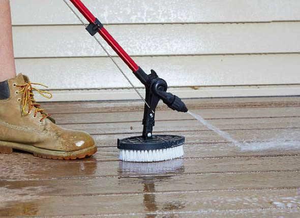Dicas-simples-para-limpar-decks-de-madeira-003