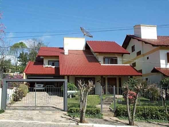 15 fachadas de casas no estilo colonial moderno e modelos for Fachadas de casas estilo moderno
