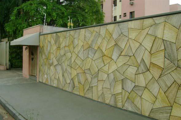 Frente-de-casas-com-muros-de-pedras-012