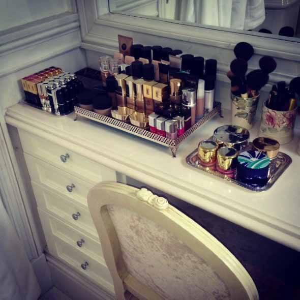 Mesas-para-maquiagem-009