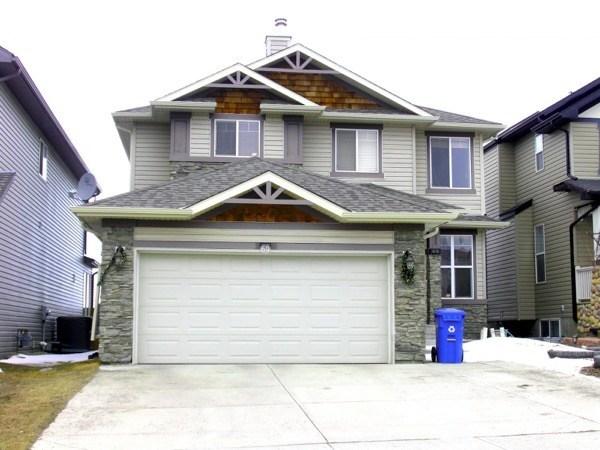 11-Frente de casas com garagem